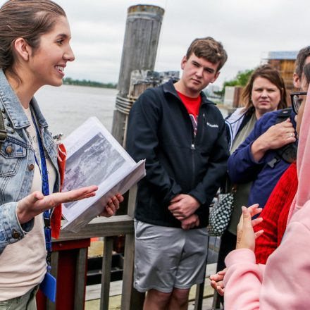 7 Things to Look for in a Tour Guide