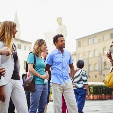 What Are the Advantages of Using London Tour Guides?