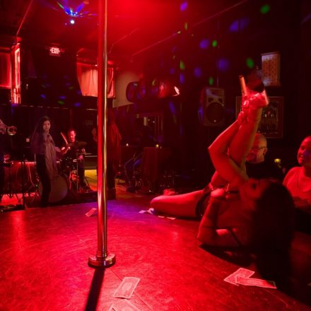 How to Get Inside the Strip Club and What Etiquettes to Follow?