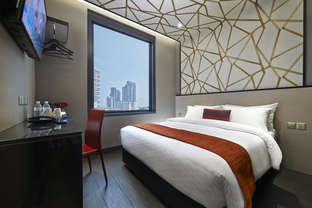 Make Your Trip To Singapore Memorable With Hotel Boss